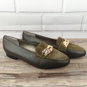 NWOT Ros Hommerson olive Sz 8WW leather elephant